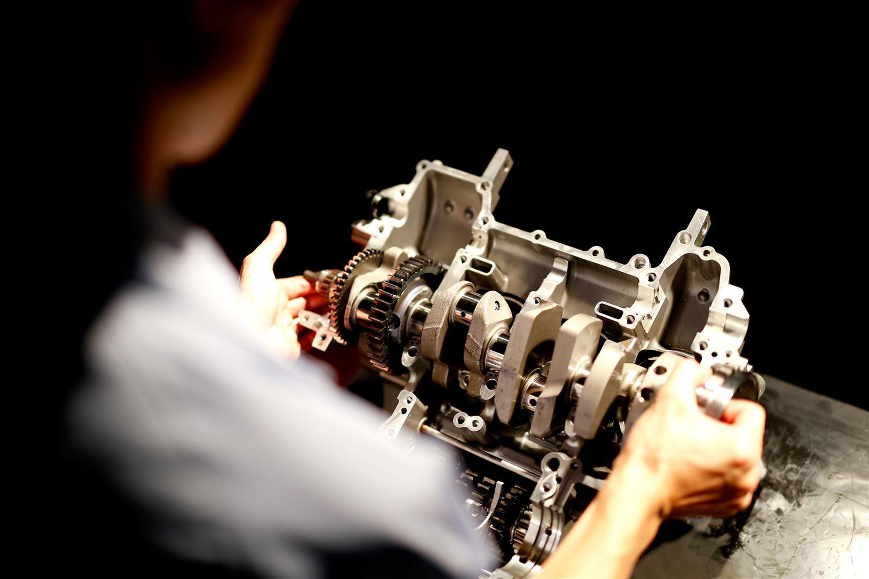 r1crossplane engine motorblok