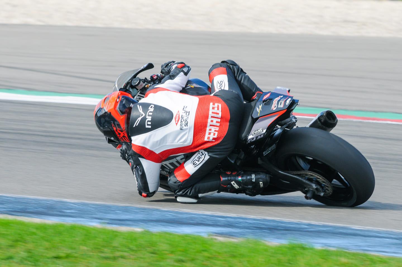 tt Circuit Assen, R1 RN32 racer